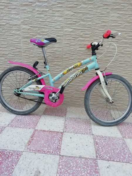 Bicyclette pour fille taille 20