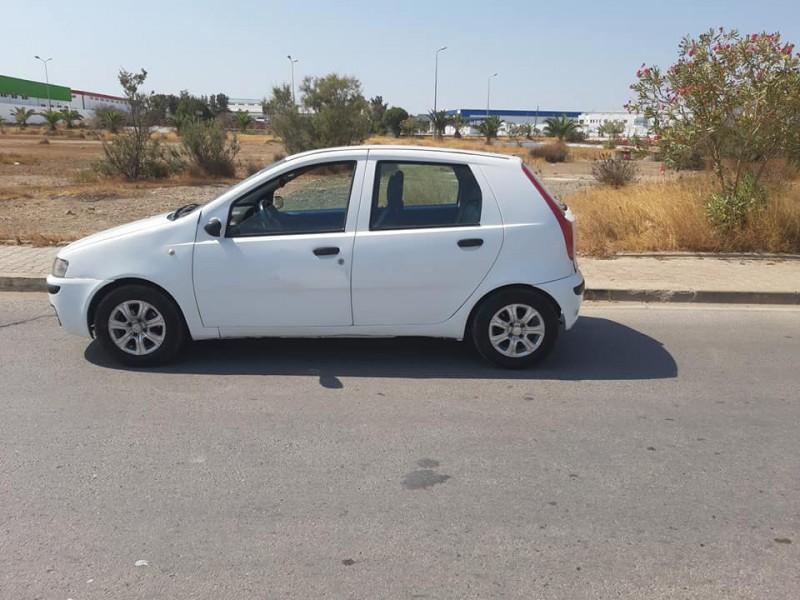 A vendre Fiat punto 2 ndhifa