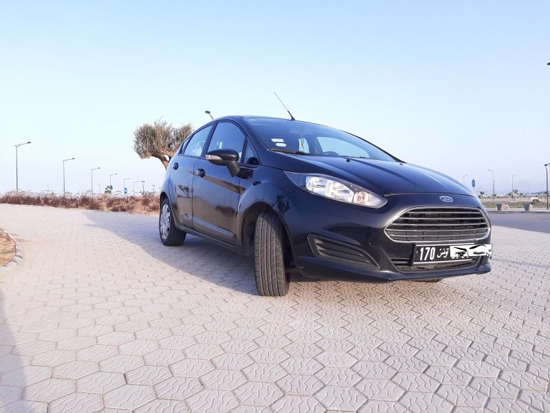 Ford Fiesta en bon état