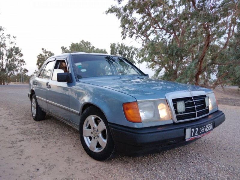 Mercedes essence gaz .
