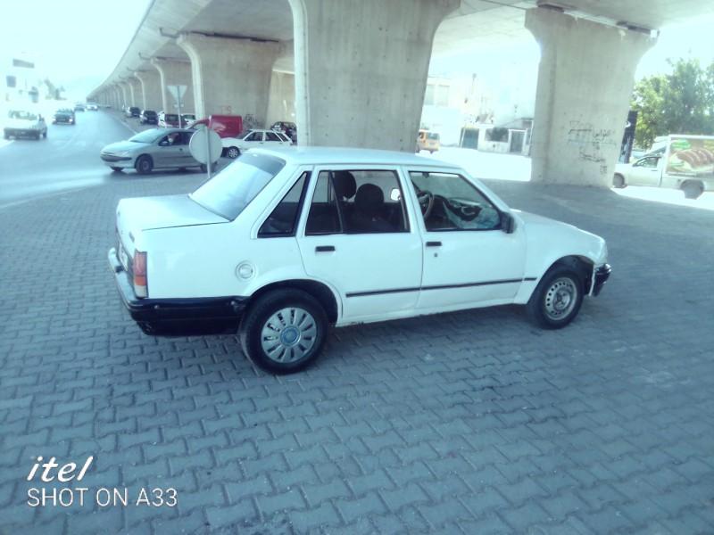 Opel Corsa essence 5cv