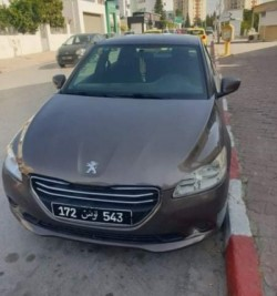 A vendre Peugeot 301