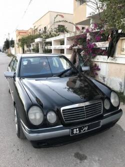 Mercedes Benz E210