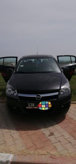 Opel astra h 1.7 cdti disel 2 bonde rouge