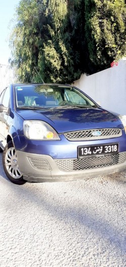 Ford fiesta 5cv essence