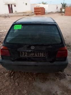 للبيع سيارة
